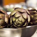 Разликата между двата сорта, освен външния вид, е вкусът и обработката преди готвене.