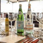 Благодарим на партньорите ни от Acqua Panna & San Pellegrino, които осигуриха идеалната вода за компания към напитките и ястията за вечерта.