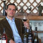 """От 2010 г. лозята получават сертификация за биологично производство според нормативите на Европейския Съюз, като стремежът на екипа е да постигнат по-високо качество с мисълта за съхранение на природата.Отличителната черта на """"Загрей"""" е маврудът и широкото разнообразие от вина, което предлагат: от бялото вино от мавруд, през розето от мавруд и перлата в короната им - Vinica - направеното по технология, наподобяваща италианското Амароне. Vinica Mavrud 2013 получи първо място в последната класация на списание DiVino Top 50 за 2016 г.Всичко за Бакхус StrEAT Fest вижте тук."""