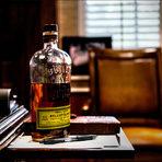 Американските уискита преживяват своя световен ренесанс, а начело на тази модерна нова вълна стои една от най-награждаваните алкохолни марки в света – Bulleit. Със своята неутолима страст за производство на уиски и години опит в индустрията, през 1987 г. Том Булет основава Bulleit Distilling Company и възражда 150-годишната рецепта за бърбън, предавана в семейството от поколение на поколение. Създател на тази оригинална и единствена по рода си и вкуса си рецепта е неговият прапрапрадядо Огъстъс Булeт, който пътешества из американския Див запад през 60-те години на 19-ти век.Всичко за Бакхус StrEAT Fest вижте тук.