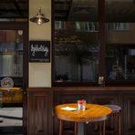 """By The Way е първият класически коктейл бар в София, създаден през 2001 във време, в което Мохито и Кайпириня бяха все още екзотични чуждици.През 2003 отваря и морският филиал в с. Лозенец. Качеството на класическите коктейли неизменно е същото, както когато си ги пил още тогава...За новостите в областта се грижим старателно и не изпускаме европейските и световни тенденции в коктейлната култура.Съставките на коктейлите ни са от висококачествени продукти, приготвени от нас по последни готварски технологии, без никакви консерванти и оцветители.Всички нови коктейли в менюто са творение на нашите бартендери, някои от които са представиха отлично в състезанието WorldClass!Освен кокетйлите, предлагаме и късо """"фингърфууд"""" меню, подходящо за баровата обстановка и напитките...и определено не е за изпускане!Всичко за Бакхус StrEAT Fest вижте тук."""