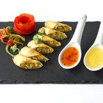 Меню StrEAT Fest:✵ Chicken satay - Тайландски пилешки шишчета✵ Mu Ping - Тайландски свински шишчета✵ Beef Satay -Тайландски телешки шишчета със Peanut souse, Sweat chilly sous или Sour souse✵ Spring rows - Вегетариански пролетни ролцаВсичко за Бакхус StrEAT Fest вижте тук.