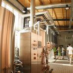 Как се прави Hills?Технологичният процес отнема минимум 21 дена, в зависимост от вида бира. Hills е нефилтрирана и непастьоризиране бира.Говорейки за производство на пиво, на първо място трябва да споменем основните суровини, от които се произвежда то. Това са вода, малц, хмел и пивни дрожди - съгласно Райнхайтсгебот – Закон за чистотата на бирата от 1516 г.Всичко за Бакхус StrEAT Fest вижте тук.