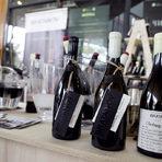 Вината на Bratanovhttp://www.bacchus.bg/streatfest/vino_i_bira/2017/09/08/3038200_vinarna_bratanov/