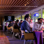 """Самият ресторант е малък, но в кухнята му работят 45 готвача. Сервитьорите са 25, а местата 60. Престоят ни там продължи 4 часа, в които научихме много, поговорихме си с братята и се запознахме с колеги от други държави. От страна на България си правихме компания и с главния готвач на ресторант """"Космос"""" - Георги Бойковски. Ето какво опитахме:"""
