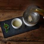 Стрида на пара от уиски Тhe Macallan, със сос велоте от стриди, стридено листо (oyster leaf) с желе от дърво. Първата част е създадена от Жоан, втората oт Жозеп и третата от Джорди. Така е направено и самото колекционерско уиски The Macallan Edition N.2, с което ястието беше поднесено.
