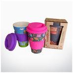 Бамбукова чаша Цветни, биоразградими, органични, позитивни. За добро начало на деня. Няма човек, на който не бихме подарили чаша от бамбукови влакна. Запазва любимия чай или ароматното кафе топли за по-дълго от керамична или хартиена чаша и е в пъти по-приятна за пиене от метална или пластмасова термо чаша. Най-приятна е цената, но е трудно да изберем кой от многобройните весели дизайни ще подхожда най-много на избрания получател. Искаме от всички.От Био Балев1 брой - 9,90 лв.