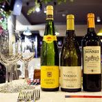 """Комплимнет на това апетитно съчетание сложи Andre Lurton Chateau Bonnet Reserve Rouge, AOC Bordeaux 2014. Класическият стил """"Бордо"""" и фината танинова структура бяха възможно най-доброто партньорство за това основно ястие."""