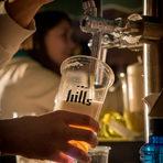 """Предимства на живата бира:За разлика от обикновеното, живото пиво не се филтрира, като по този начин се запазва част от бирената мая. """"Живата"""" бира не познава нито процеса пастьоризация, нито консервантите. В нея се съхранява свежия вкус на малц и хмел. Живата бира има много висока ензимна активност и антиоксидантна способност.Всичко за Bacchus StrEAT Fest 2 вижте тук.КУПЕТЕ БИЛЕТ ОНЛАЙН »"""