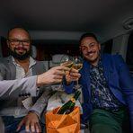 А за да бъде пътуването още по-приятно, предоставяме и изстудена бутилка шампанско Veuve Clicquot , с която вечерта да започне подобаващо./Снимка: Велко Ангелов/