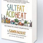 """Salt, Fat, Acid, HeatСамин Носрат е един от най-успешните млади готвачи на Америка, кулинарен визионер. Легендарната Алис Уотърс я нарича """"новият най-добър учител по готварство в Америка"""".Първата й книга Salt, Fat, Acid, Heat (изд. Simon & Schuster) е именно това - учебник по готвене, който учи на елементите и принципите на добрата храна и отговаря на фундаментални въпроси като защо едно нещо е вкусно. В Salt, Fat, Acid, Heat присъстват и рецепти, разбира се, но фокусът на книгата е върху увлекателните и забавни текстове и илюстрации, които разясняват науката на доброто готвене, образоват как да ползваме солта, мазнината, киселината и температурата, за да приготвим нещо наистина вкусно, и вдъхновяват да взимаме самостоятелни решения в кухнята. Точно така, в тази книга няма фотографии на безгрешно сготвени и перфектно подредени ястия, а 150 илюстрации и инфографики, дело на талантливата Уенди Макнотън. Според авторката те изобразяват процеса на готвене много по-добре от снимките и не стресират, защото подтикват към творчество, а не към съвършенство."""