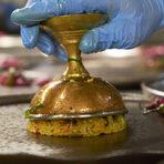 Основното ястие на шеф Пракаш Мишра нагледно показа, че индийската кухня е и вкус, и текстура, и разнообразие, и композиция.
