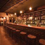 """Щастливи сме да споделим с вас новото ни начинание """"БАР НА ГОДИНАТА БАКХУС"""", което да - точно така, означава страхотни коктейли, голямо парти и много приятели на едно място. Представяме ви всички барове, които ще вземат участие в първото по рода си бар-шоу в България.Култура Speakeasy Bar е новото любопитно заведение във Варна, вдъхновено от периода на Сухия режим, когато алкохолът е бил строго забранен, а скритите барове са били любими места за привържениците на качествено приготвени коктейли. Всеки ден барът отваря точно в 17:32 – според историческите източници, това е официално обявеният час на края на Сухия режим. Авторските коктейли на Култура Speakeasy Bar са със силно отличаващ се вид и разпознаваем стил, а атмосферата на заведението придава един особен уют, който прегръща сетивата и успява да замъгли възприятията за време и пространство.✦✦✦☛ ВХОД: 20 лв.* с включена консумация на коктейл по избор и сет от три уникални хапки. 30 март, Sofia Event Center.☛ Вижте повече информация и купете своя куверт още сега на bacchus.bg/top"""