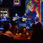 За музиката и доброто настроение се погрижиха невероятната фламенко група Del Padre.