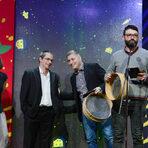 Наградените бяха два - Hamachi-ni и L'Etranger.На снимката: Екипът на Hamachi-ni получава наградата си.
