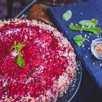 В сърцето на града, но скрито от градския шум - Salted Café Sofia предлага здравословно хапване в чаровна винтидж атмосфера. В Salted Café Sofia може да се насладите на веган, вегетариански и здравословни сандвичи, салати, сурови торти и десерти, смуутита и фрешове, а също и на ежедневно вегетарианско обедно меню. Не изпускайте да се запознаете с тях и на щанда им на StrEAT Fest, където ще ни гостуват по съседски и ще акцентират върху сладките здравословни изкушения. А как вървят с кафе?!Следете ни последните новости във Facebook »Всичко за Bacchus StrEAT Fest вижте тук. »Купете билет онлайн от тук