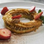 А за финал се насладихме на една франска класика -Paris-Brest с лешников крем и ягоди.