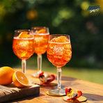 Aperol е смес от различни корени и билки, съчетани в една перфектно балансиранакомбинация.Светло оранжев на цвят, той е с уникален сладко-горчив вкус. Aperol е сърцето на APEROL Spritz, перфектното питие за празненство и забавления с приятели.Един от най-продаваните аперитиви в света и е № 1 Аперитив в Италия.Хванете оранжевата вълна и се отдайте на лятното настроение.