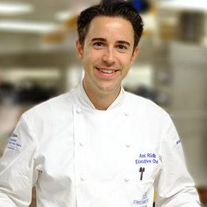 Кемпински Хотел Гранд Арена Банско готви нови кулинарни изкушения със специалното участие на Мишлен готвачa Аксел Рюдлин