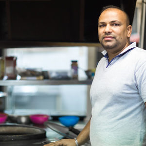 Индия: представена от Парминдер Сингх, ресторант Spice House