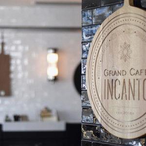Необикновено и впечатляващо - Grand Café Incanto. Заведение от бъдещето