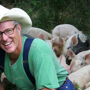 Джоел Салатин - основателят на движението за поликултурно устойчиво земеделие с майсторски клас и вечеря в България