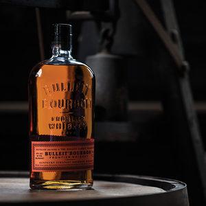 Бар: Bulleit Bourbon