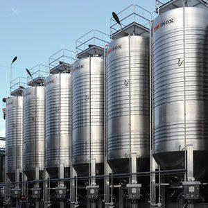 Професионални винарски резервоари