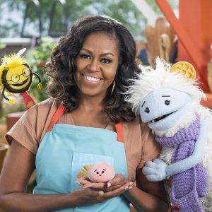 Waffles + Mochi по Netflix: Мишел Обама отново събра храната и децата