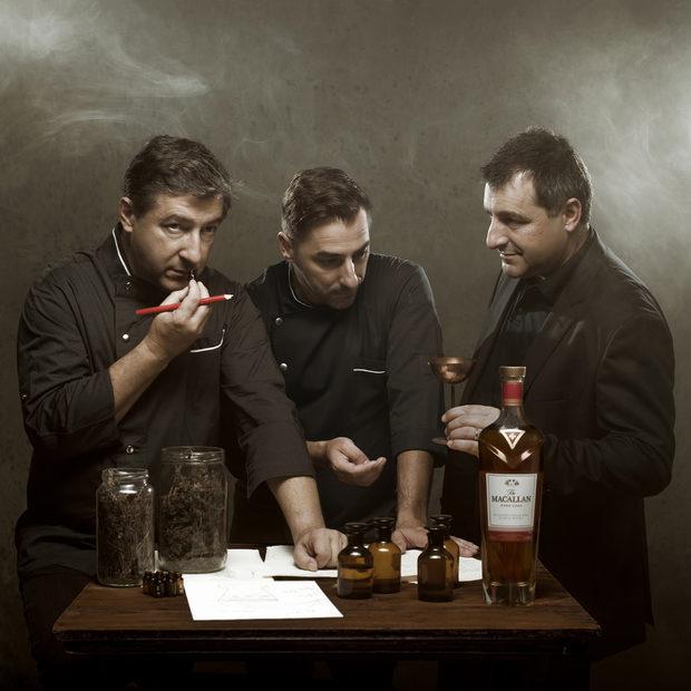 """Когато говорим за звезди Мишлен, не можем да пропуснем братята Рока и техния ресторант En Cellar de Can Roca, който се намира в град Жирона. Историята им е дълга, наградите много (два пъти """"Най-добър ресторант в света""""), иновациите още повече. Всеки един от тях има своята роля в бизнеса и тайната на успеха се крие в комбинацията им.Хуан Рока e най-големият брат и главен шеф-готвач на ресторанта (в ляво на снимката), Жозеп (от дясно на снимката) е средния - един от най-добрите сомелиери в света, а Джорди Рока е малкият брат и гениален шеф-сладкар.Този месец екипът на Бакхус се запозна и с тримата на живо в ресторанта им по покана на The Macallan.*Повече за братята Рока и техния ресторант може да прочетете в новия брой на списание Бакхус, който излиза на 10 ноември."""