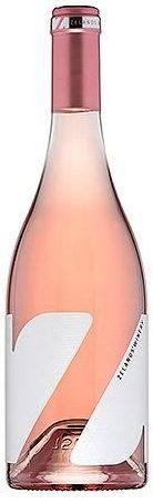 """Zelanos """"Z"""" Rose, Cabernet Franc 2016, Долината на розите, БългарияВинарна """"Зеланос"""" се намира в източната част на Долината на розите, обл. Сунгурларе в село Славянци. Винарната има капацитет за производство на вино от 150 000 до 200 000 бутилки. Избата притежава собствени лозя от над 700 декара, разположени в близост до винарната. Тереора на района предразполага за производство на повече бели сортове, като съотношението е 70% бели и 30% червени вина.Производител: Винарна ЗеланосПроизход: БългарияВинен район: Село Славянци, Лозе ОрешакаСорт: 100% Каберне франЦвят: нежен, с нюанси на узряла прасковаАромат: фокусиран, с нотки на свежа ягода и червени плодовеВкус: с нюанси на вишна, закачлива пикантност и дълъг финалПоднесено с: Морски дявол, сусам, снежен грах, целина, бадем, шампанско от шеф Любомир Тодоров"""