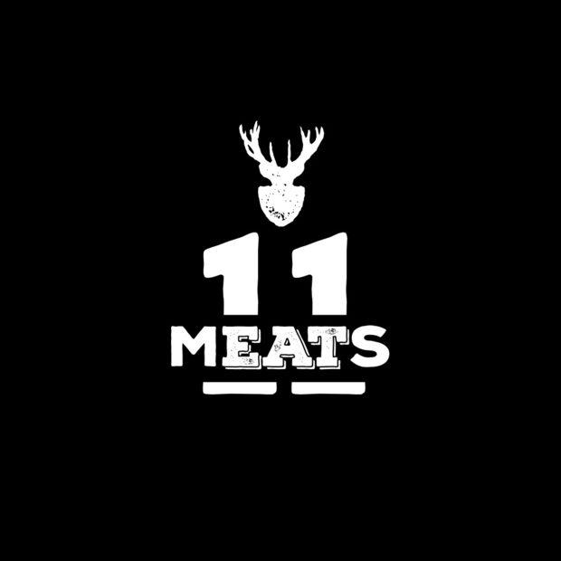 """11 Meats е български бранд, предлагащ продукти на световно ниво. Всичко се приготвя за изключително кратко време след вече извършеното базово овкусяване и вакуумно готвене на ниска температура по метода Су-Вид. Резултатът е месо, което ни дава пълната свобода и въображение да комбинираме с каквито сосове и гарнитури желаем.Меню Bacchus StrEAT Fest 2: Питка """"брьож"""" или бургер питка с месо по избор - свинско, телешко или пилешко+ 2 вида сос по избор+ 3 вида гарнитури за двата вида сандвичиВсичко за Bacchus StrEAT Fest 2 вижте тук. Купете онлайн билет от тук:"""