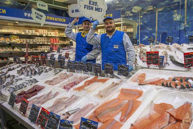 Кой може да е партньор на първия рибен фестивал, ако не МЕТРО?!Няма човек, който да не оцени рибния им щанд, зареден винаги с прясна и разнообразна риба и морски дарове. Обогатеният рибен асортимент на МЕТРО включва над 90 основни артикула, в три групи: пресни екзотични видове от див улов, прясна риба от аквакултурен произход, морски дарове и мекотели.Всичко за Бакхус FishFest вижте тук.Научавайте новостите за събитието във Facebook.КУПЕТЕ БИЛЕТ ОНЛАЙН >>>