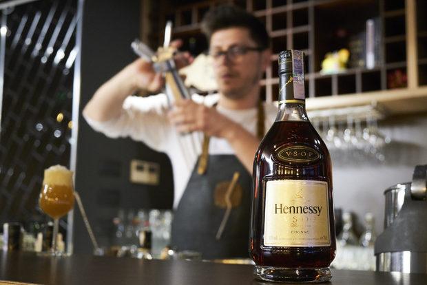 Благодарим и на партньорите ни от Hennessy, които подкрепиха вечерята и предоставиха коктейлите.