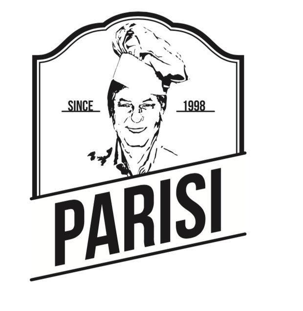 """Семейна фирма """"Фонтани"""" е създадена през 1999 година в София. Фамилия Паризи още от тогава прави прясна паста пред очите ви в едно мъничко местенце, до което може би все още не сте имали път, но горещо ви каним да посетите.Пастата е приготвена от нас в най-различни видове и разфасовки, спрямо вашите желания.Освен това в магазина ни ще намерите и най-качествена селекция от италиански традиционни продукти.>>>Следете ни последните новости във Facebook »Всичко за Bacchus StrEAT Fest вижте тук. »Купете билет онлайн от тук"""