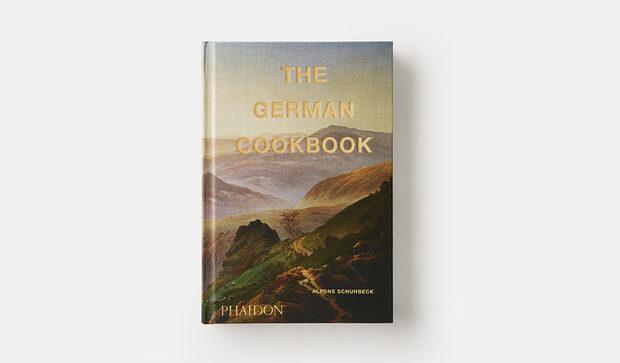 The German CookbookAlfons SchuhbeckДа, правилно прочетохте заглавието. В тази книга ще намерите 500 рецепти от цяла Германия - от Хамбург до Равенсбург и от Лайпциг до Щутгарт. Книгата показва разнообразието от рецепти и храни, с което тази европейска държава не е толкова известна. Именно това прави тази книга толкова интересна. Да не говорим, че е написана от германец и в нея става въпрос за германска кухня - всичко е подредено със съответните символи, обозначаващи различните продукти, които могат да се намерят в рецептите, точно и ясно. Също така, всяка една от тях е била предварително изпробвана в домашни условия, за да е сигурно, че всеки може да я сготви. Тествано и пробвано с германска прецизност. Ja, ja, wunderbar.