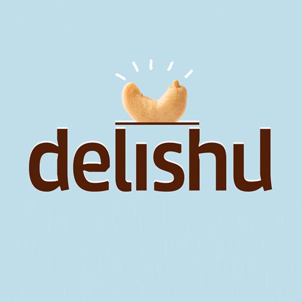 Деликатесите от заквасено кашу на Delishu са на пазара от 2014. Създадени в семейния ресторант на трима млади готвачи - Николай Тодоров, съпругата мy Стиляна и нейната сестра Мария. Авторската им рецепта предлага една нова, вкусна и здравословна алтернатива на млечните продукти, като всичко се произвежда майсторски, ръчно и по тяхна собствена технология. За изключителния вкус на delishu-то е виновна дългата ферментация и зреене, а ненадминатото количество на живи пробиотици в него го нарежда сред любимите храни на ценителите на качествените родни продукти! Колко милиарда бактерии има във всяка опаковка, как се приготвя, с какво се яде, защо е толкова полезно и други истини за храната и живота ще ни разказват на живо самите създатели на Delishu по време на първото издание на Бакхус Коледен Гурме Базар.Всичко за първия Бакхус Коледен Гурме Базар вижте тук.Научавайте новостите за събитието във Facebook.Купете билет онлайн с намаление тук.