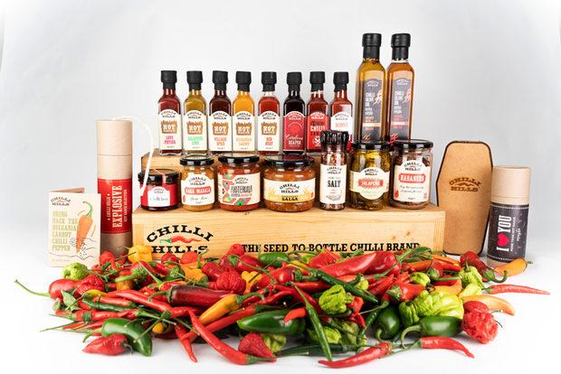 Кой не знае Chilli Hills, кой не е чувал за тях?Първият български бранд за люти сосове и люти продукти от всякакво естество е сред най-бързо развиващите се млади компании в България и е лидер в производството и търговия на люти продукти.Марката Chilli Hills предлага собствено производство бутикови люти продукти като люти сосове, люти пасти, изсушени люти чушки. подправки, люти сладка, шоколади, занаятчийски люти бири, ракий и много други.Всички продукти на марката са 100 % натурални. Бакхус STREAT Fest e едно от любимите им събития и участват от самото начало. Тази година ще се включат с огромно удоволствие и ще представят новия асортимент продукти от линия 2020. Специално за събитието ще предлагат и специално селектиран асортимент от пресни люти чушки. А за да разберете как най-добре да използвате техните продукти, можете да посетите техния канал в Youtube - Spice Files, където всяка седмица качват уникални рецепти.