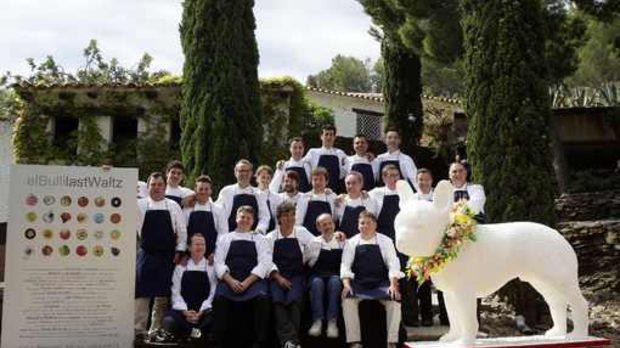 Екипът на ресторанта, получил името си от френските булдози на първите му собственици
