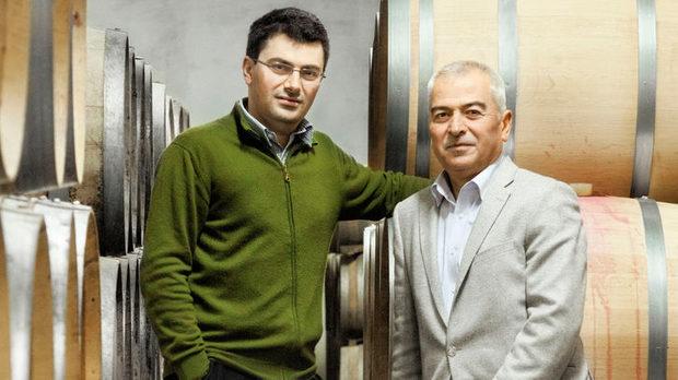 Георги Жеков (ляво) и Жеко Жеков твърдят, че е важно да имаме социална отговорност, за да може