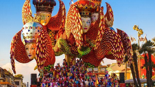 Карнавалът във Виареджо
