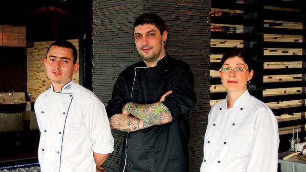Отляво надясно: Марио Лозанов, Петър Михалчев и Цветослава Цветкова