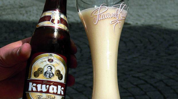 Бирата Kwak, кръстена на звука, който се разнася като я пиеш прекалено бързо.