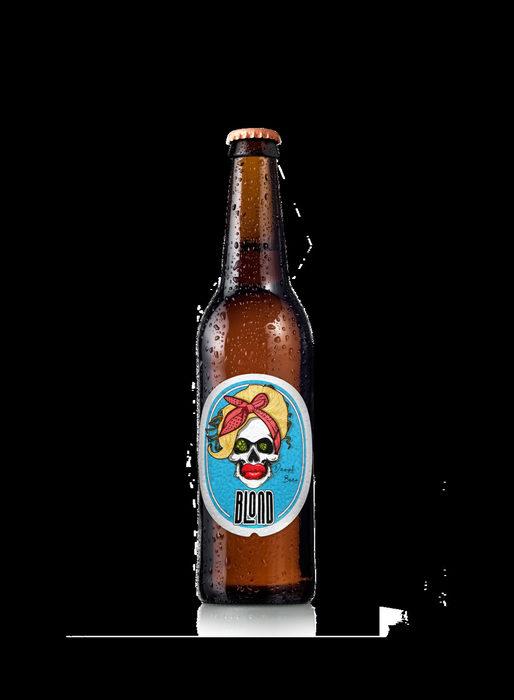 """Проектът им за създаване на истинска българска лагер бира, произведена в изцяло българска пивоварна, безпрекословно вписваща се в чешките и германските стандарти за чистота и качество на бирата, успешно продължава вече две години. Те обаче не спират до тук! Жаждата им за предизвикателства и откриване на нови хоризонти води до експериментиране със стилове като """"Тъмно пиво"""", """"Pale ale"""", """"India Pale ale"""" и накрая """"Weiss"""", вкус разпространен повече в Централна Европа, но завоюващ все по-голяма популярност и в България. Желанието им да заложат на традиционни рецепти и класически технологии, както и да предложат стилове бира, съобразени с все по-високите изисквания на любителите на тази напитка, ги отвежда към опита на старите пивовари и техните класически 45-дневни варки, съдържащи единствено вода, хмел, малц и бирена мая. Така се появява тяхното първо """"Светло Пиво"""", което бързо е затвърдено от един смел експеримент с """"Тъмно Пиво"""", сварено по двойна технология, съчетаваща горна и долна ферментация. Веднага след този дързък, но изключително успешен опит се гмуркат още по-надълбоко в ейл стиловете, за да създадат два класически в домашното пивоварство продукта: Pale ale, кръстено """"Хмело Сърце"""" и """"India Pale ale"""" в техния именник фигурира като """"Тъмна Индия"""". Това им дава смелост да експериментират с един класически за европейския вкус стил, Вайс бирата. От най-качествените материали и суровини създават ненадминато пшенично пиво, което си позволяват да охмелят допълнително, за да постигнат разпознаваема идентичност: още по-плътен вкус и по-наситен аромат."""